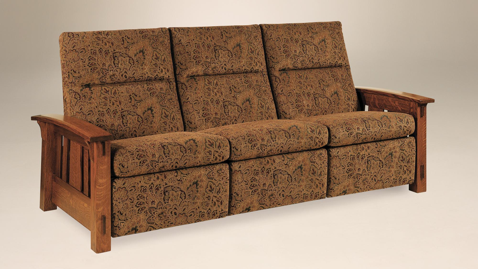 Mccoy Wall Hugger Amish Furniture Store Mankato Mn